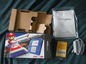 NEW PRICE Nintendo 2DS with 6 games + all original accessories
