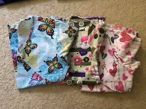 Small Scrubs for sale  Windsor Region Ontario image 2