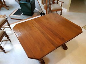 SOLID WALNUT DINING TABLE SET!!!!