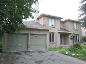 Power of Sale-Specious on large lot in Stittsville - Quick Sale