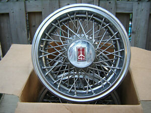 14-15 INCH HUBCAPS