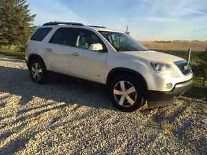 2009 GMC Acadia Pearl white Other