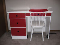 KIDS DESK AND CHAIR (REDUCED)