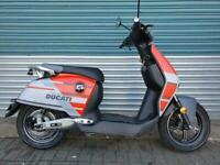 V-Moto Super Soco CUX Ducati electric scooter moped