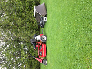 2011 snapper with lawn sweeper