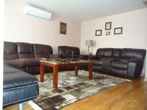 Cleaned 2nd Floor houses, 5 1/2 for Rent