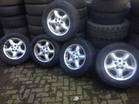 5 alloy wheels/tyres Land Rover £150