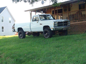 WANTED 1ST GEN CUMMINGS 2WD OR 4WD NEED A DONOR TRUCK CASH $$$$$