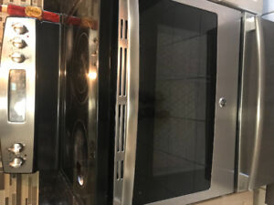 GE Stainless Steel Glasstop Stove $300