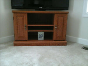 Attractive Next to New Corner Entertainment TV Stand !