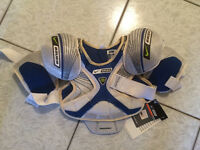 BRAND NEW! Several Sizes Nike/Bauer Supreme 30 yth Shoulder pads