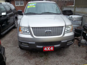 2004 Ford Expedition XLT SUV, Crossover