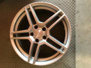 FOR SALE - 4 Alloy wheels 18 inch