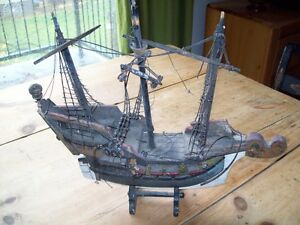 AMAZING DETAIL ANTIQUE / VINTAGE SHIP MODEL CAST IRON ANCHOR