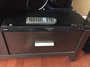 Selling DVD Player Panasonic $80