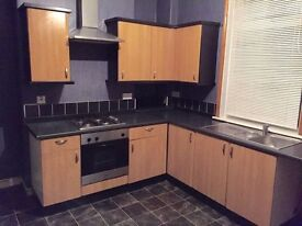 TWO BED HOUSE IDEAL FOR SMALL FAMILY OR PROFESSIONALS RECENT REFURB, NEARBY SHOPPING / SCHOOLS/ BUS