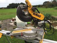 DeWalt DW718 XPS Mitre Saw 110v with Stand