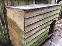 Large kennel/ chicken hut