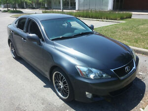 2008 Lexus IS 250 gris et noir Berline