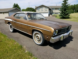 PLYMOUTH DUSTER CUSTOM $1250