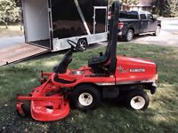 Kubota 4x4 Diesel GF 1800 lawn tractor only 236hours MINT