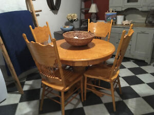 Cottage Oak Table and Chairs