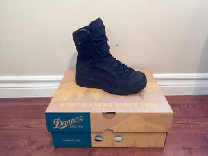 Almost NEW Danner Boots! Mens 4.5/ Fits women 6-7