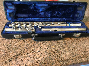 W.T Armstrong 104 Flute