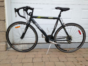 CCM Presto 700C Road Bike / Velo / Bicyclette / Bicycle