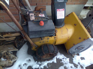"Gran Prix Snowblower 5 HP 22"" 2 Stage Electric Start"