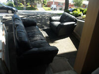 BLACK BONDED LEATHER COUCH & ARM CHAIR