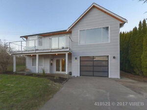 Contemporary West Coast Home with Panoramic Ocean/Mtn Views!