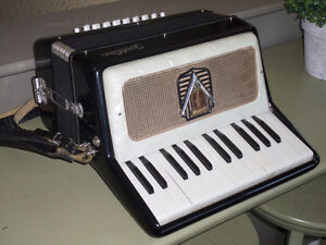 Good used Vintage Frontalini Accordion- Made in Italy-Small Sz.