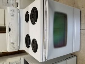 White electric stove 100.00. Delivery available