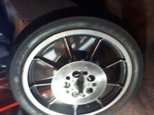 Sportster tire and rim 100$