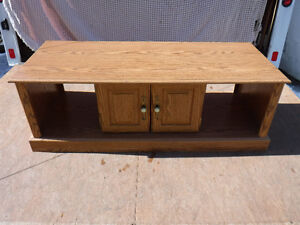 4 piece oak veneer coffee table and end tables