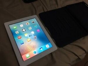 Apple iPad 4 - 32GB - Case included