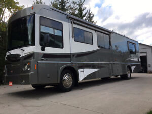2008 Winnebago Destination WPM39W - 2 slides