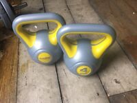 Gone pending collection 2 x 4kg Kettlebells used but in good condition