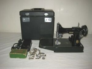 WANTED TO BUY SINGER FEATHERWEIGHT SEWING MACHINE