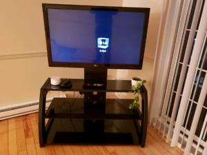 "42"" LG 3D TV+3 Tier Glass Shelf Stand"