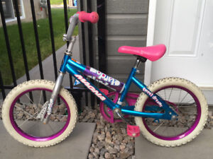 "Bicyclette pour enfants, 12 po; Childrens Bicycle 12"" - Chambly"