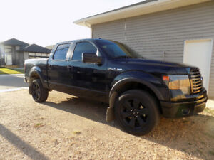 2013 Ford F-150 FX4 Fully Loaded + Accessories