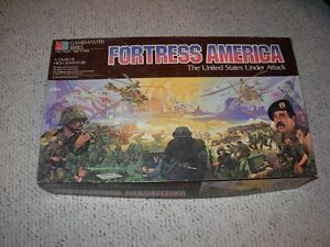 Milton Bradley 1st Edition Fortress America Board game