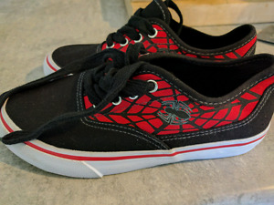 New Spiderman shoes SIZE 2 $5.00
