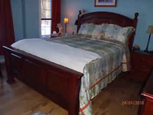 Baisse de prix    Beau set de chambre à vendre