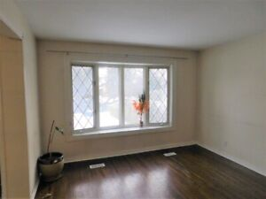 Pickering-3 Bedroom house for rent. Great location!!!May 1st