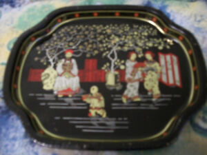 1 CHRISTMAS OLDER SERVING GLASS PLATE & 1 OLDER ASIAN TIN TRAY