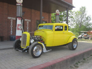1932 Ford 5 Window Coupe Customized Hot Rod (Best Offer)