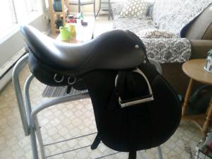 16 inch english saddle